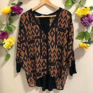 4/$20☀️ Lush Sheer Blouse - Geometric Design